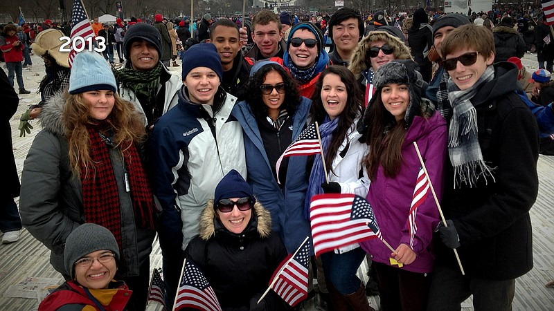 Students from La Jolla Country Day School in San Diego visit Washington D.C. ...