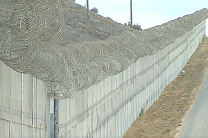 San Diego Companies Wait To Bid On Trump's Border Wall