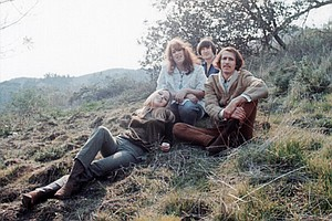 Photo for California Dreamin': The Songs Of The Mamas And The Papas