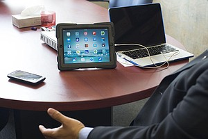 iPads For 7th-Graders At Sweetwater School District MIA