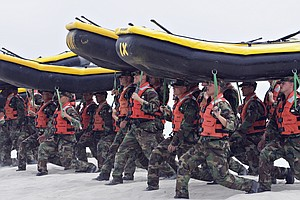Navy: Only Woman In SEAL Training Pipeline Drops Out