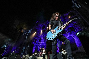 Foo Fighters - Landmarks Live In Concert: A GREAT PERFORM...