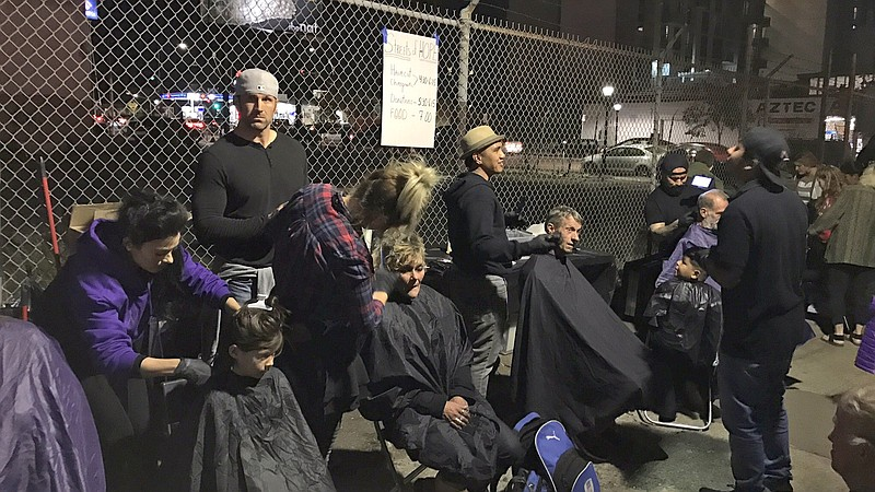 San Diego Nonprofit Gives Homeless Thanksgiving Meals Haircuts Kpbs