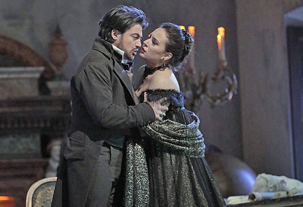 Vittorio Grigolo as Cavaradossi and Sonya Yoncheva as Tosca in rehearsal for ...