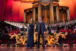 Christmas With The Mormon Tabernacle Choir Featuring Sutt...