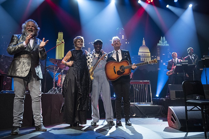 Celebrate the 2019 Hall of Fame with host Robert Earl Keen as Shawn Colvin, B...