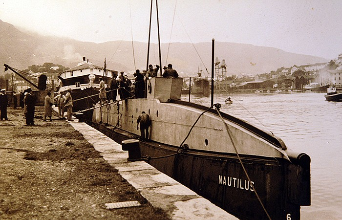 Sir Hubert Wilkins' specially-built sub named the <em>Nautilus</em>. (undated...