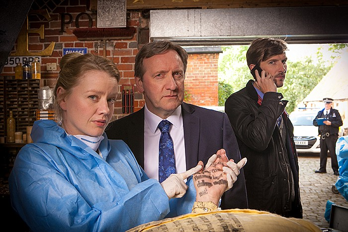 Chief Pathologist Dr. Kate Wilding (Tamzin Malleson), Detective Chief Inspect...