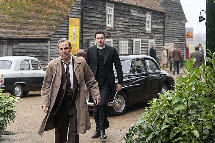 Tom Brittney as Will Davenport and Robson Green as Geordie Keating on GRANTCH...