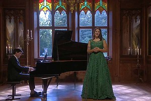 Photo for GREAT PERFORMANCES AT THE MET: Lise Davidson In Concert