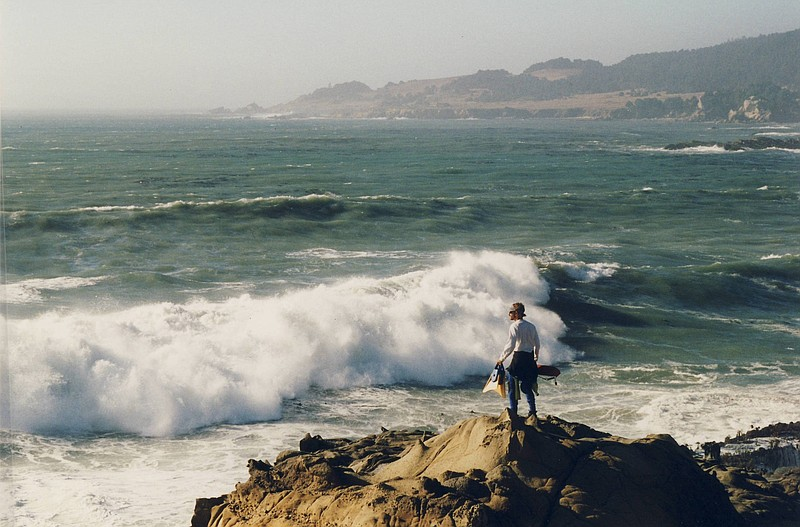 In this 1999 photo, Lifeguard Ed Vodrazka surveys the waters off of the Sonor...