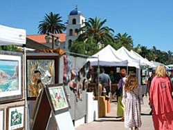 Photo of people checking out the art exhibits at the Old Town San Diego Art Festival 2007.