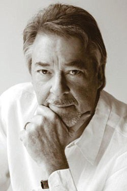 Image of Boz Scaggs.