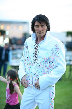 Image of James Kruk as Elvis.