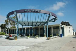 Exterior image of San Diego Mesa College Art Gallery.