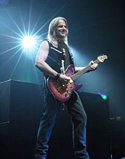 Image of guitarist Steve Morse.