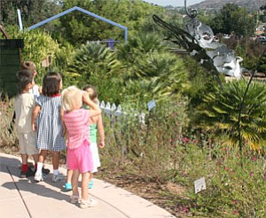 Image of Children birdwatching at the Garden. Photo by Helix Water District.