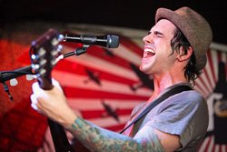 Photo of musical artist Chris Carrabba from Dashboard Confessional.