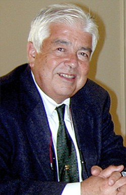 Image of Robert Garfias.