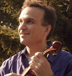 Promotional photo of violinist Gil Shaham