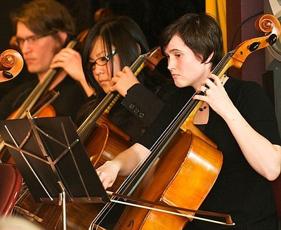 Image of members of the Notre Temps String Ensemble perfo...
