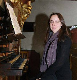 Image of Maude Gratton who will be performing at the All Soul's Episcopal Church on November 16th, 2012. Courtesy of the San Diego Early Music Society.