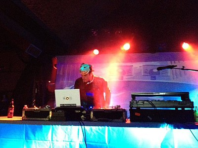 Image of DJ Man Cat during a show.