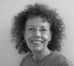 Image of instructor Gwen Small.