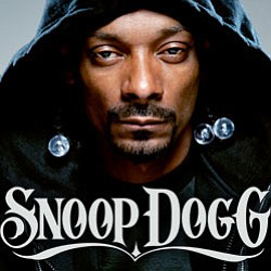 Image of Snoop Dogg, who will be performing at the Belly Up Tavern on December 11th, 2012.
