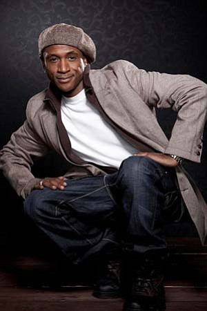 Promotional photo of Tommy Davidson.