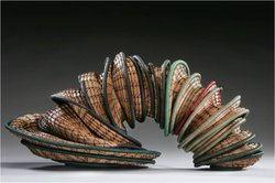 """Slinky"" by Peggy Wiedemann. Courtesy of Visions Art Museum: Contemporary Quilts + Textiles."