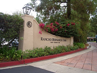 Exterior image of the entrance to the Rancho Bernardo Inn.