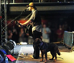 Image of musical artist Todd Snider.