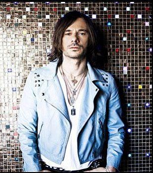 Image of Altiyan Childs.