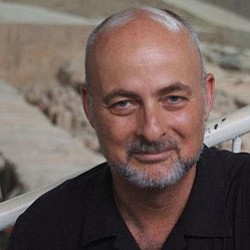 Promotional image of author David Brin.