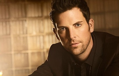 Promotional photo of Chris Mann. Courtesy of Randee St. Nicholas