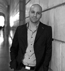 Image of Author Christopher Castellani, who will be discussing his recent books at The Westgate Hotel.