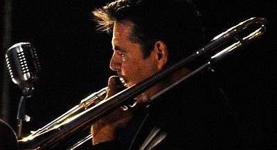 Image of Dave Scott who will be performing at The Cosmopo...