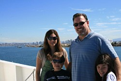 Promotional image of Father's Day on the Hornblower, June 16!