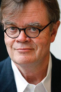 Garrison Keillor. Courtesy of Prairie Home Productions