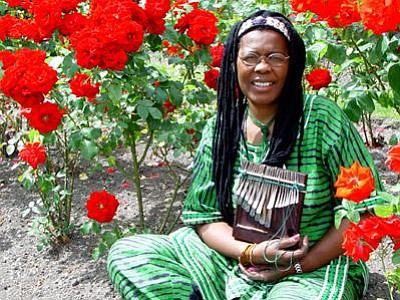 Image of Stella Chiweshe, who will be performing at the Museum of Making Music.