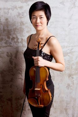 Image of Jennifer Koh, who will be performing at the Athenaeum Music & Arts Library on February 2, 2013. Photo by Fran Kaufman.