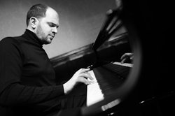 Image of Kirill Gerstein, who will be performing on May 15th, 2014.