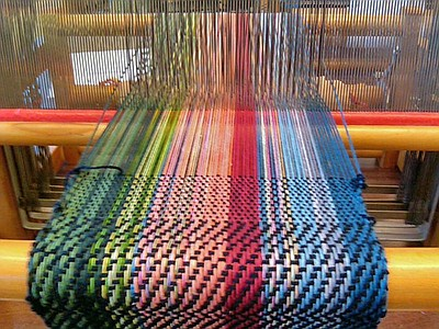 Promotional graphic for the Beginning Frame Loom Weaving ...