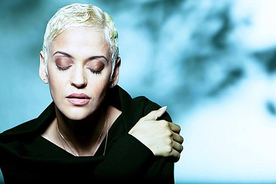 Image of Mariza, who will be performing at the Joan and I...