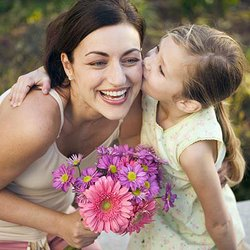 Image of a mother and daughter on Mother's Day.