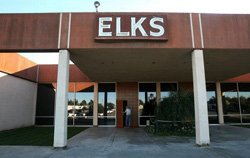 Exterior image of Oceanside Elks Lodge 1561.