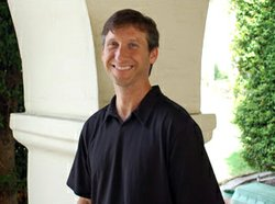 Image of SDSU Professor Dr. Eric Smigel.