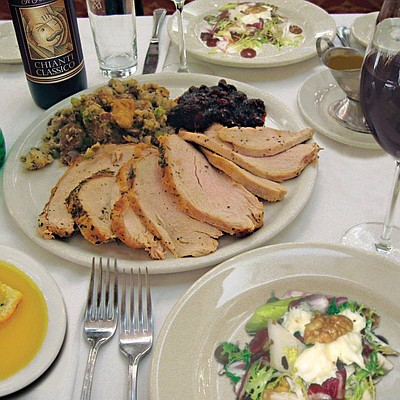 Promotional graphic for Thanksgiving at Il Fornaio.