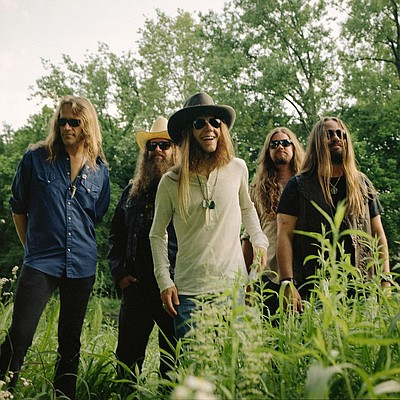 Photo of country rock band, Blackberry Smoke.